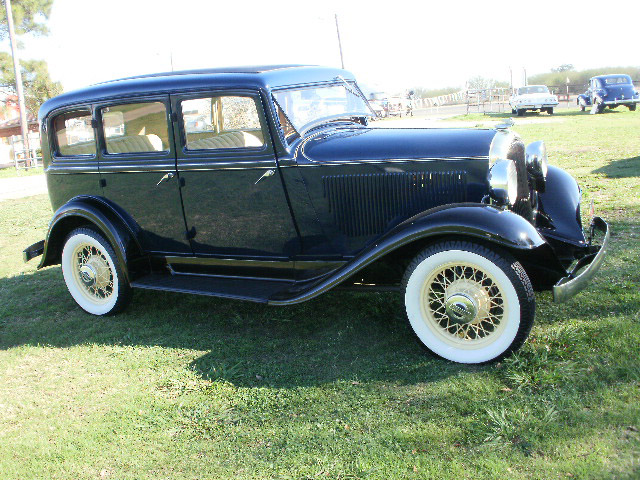 Whiz motor co for 1932 plymouth 4 door sedan